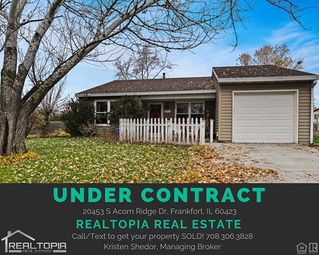 💥 Another listing under contract!💥 Message The York Team with Realtopia to get your home SOLD!  #realestate #realtor #realtopia #buy #sell #sold #chicago #illinois #happy #client #contract #business #job #entrepreneur #weekend #weekendvibes #thankful #grateful