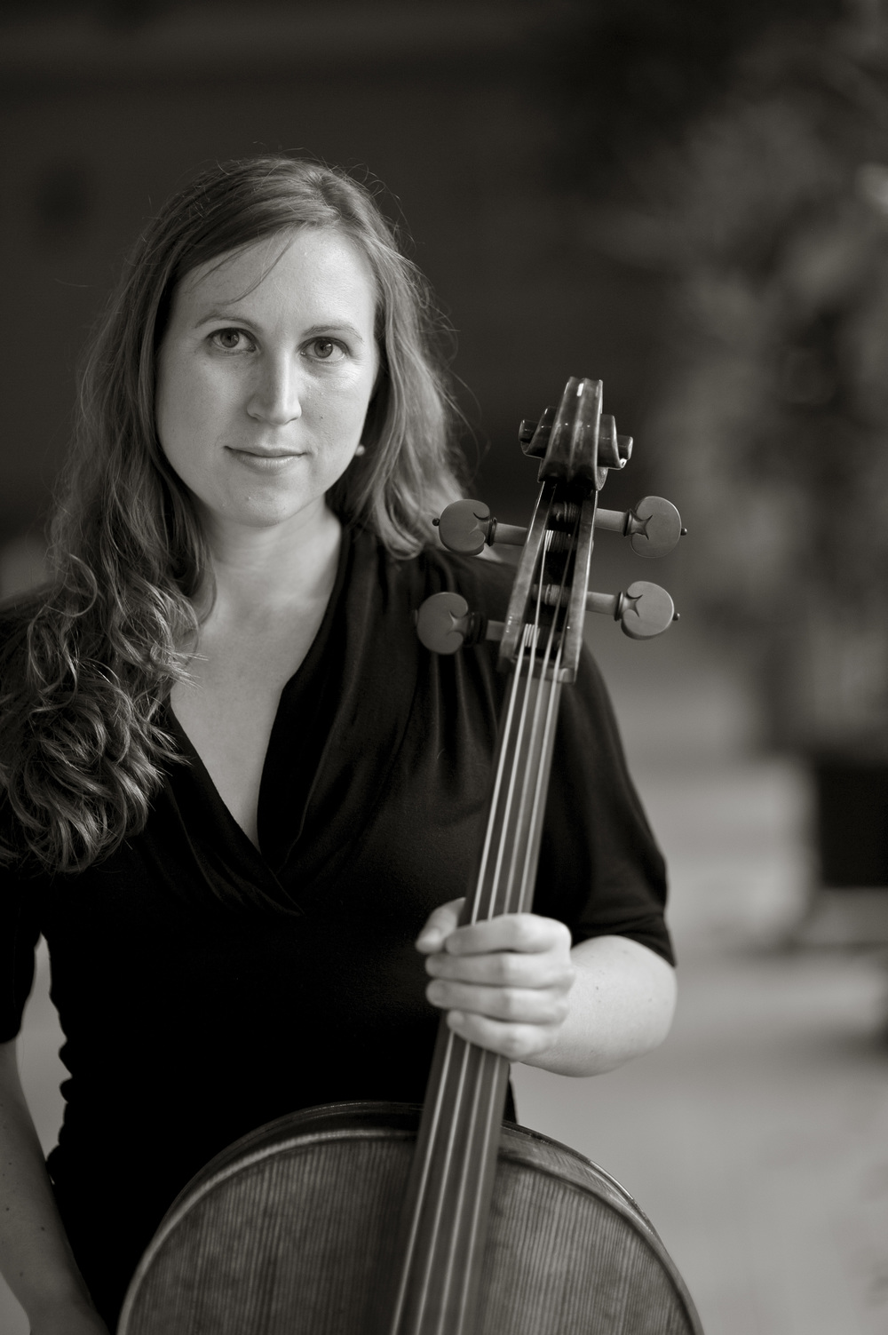 Stephanie Hunt, cello