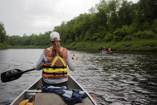 canoe-600x400.jpg