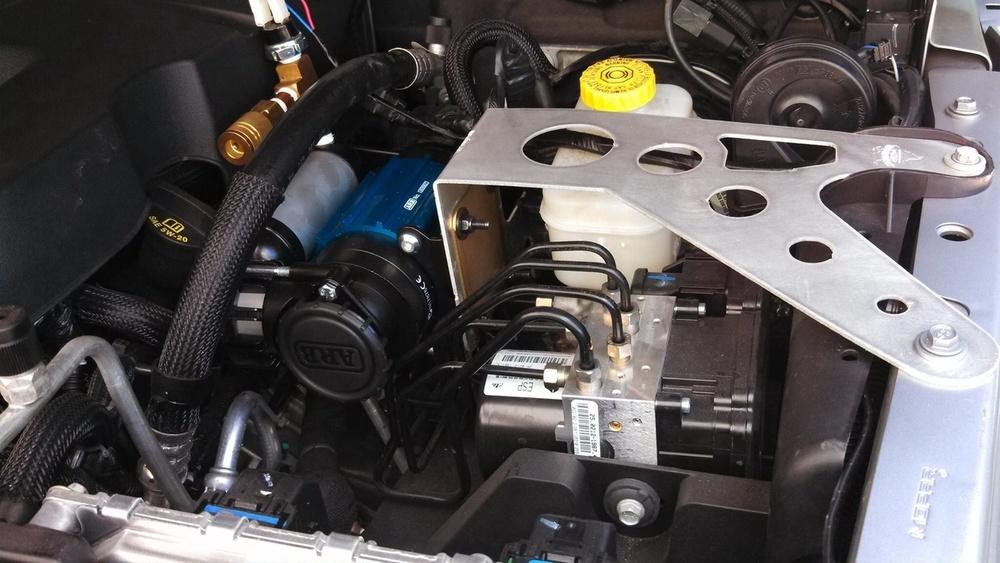 Jeep Wrangler Lockers Searchers JK ARB Underhood Compressor Mount — SEARCHERS ...