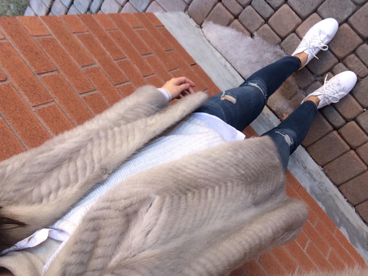 Coat, Hand me down. Sweater, TNA. Shirt, Babaton. Turtleneck, Zara. Jeans, Current/Elliot. Shoes, Zara.