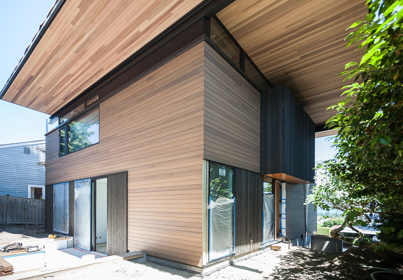 Back exterior: c  antilever love at the new View Ridge residence, designed by Heliotrope Architects.