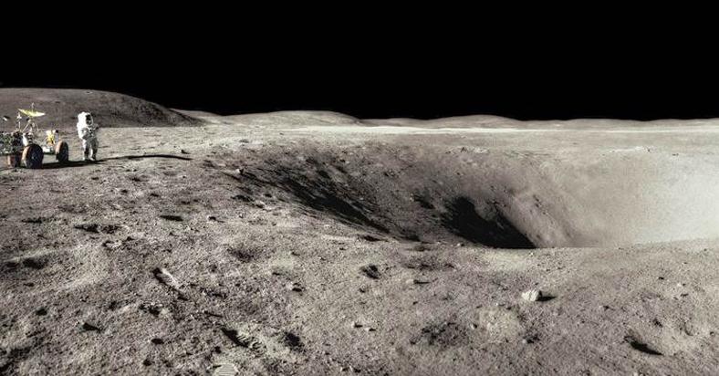 Moon_Landscape_Apollo16.jpg