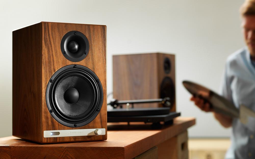 HD6 Powered speakers w/bluetooth & 24-bit dac