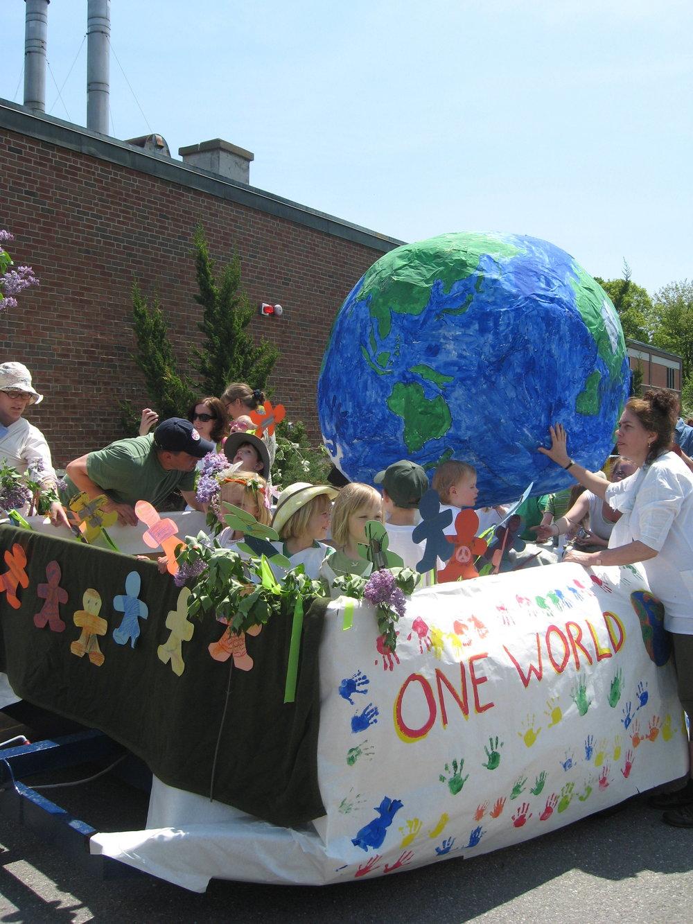 2011 One World, Many Children float