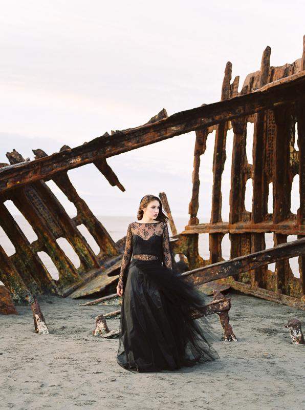 Oregon Wedding at Shipwreck