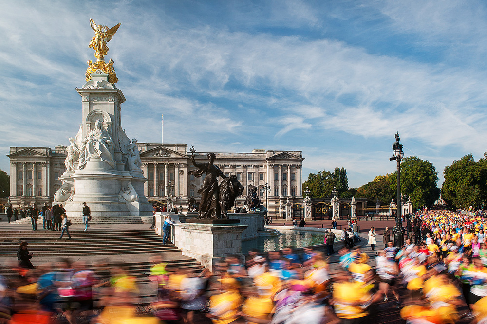 Royal Parks half marathon_buckingham palace_.jpg