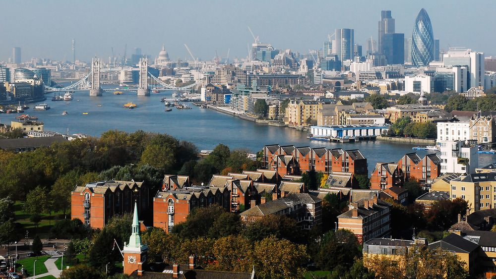 London Skyline from the east_web.jpg