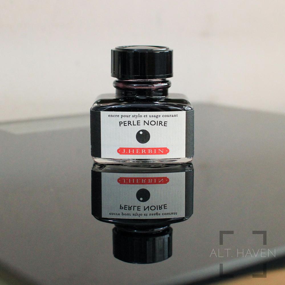 J Herbin Perle Noire 2.jpg