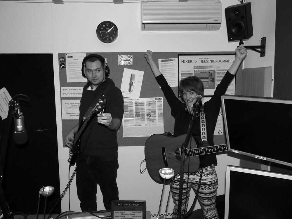 2013-12-06 @Radio Helsinki Studio