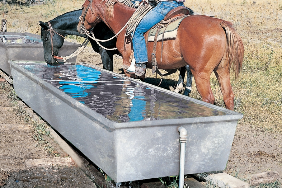 Water Trough Galvanizedxxx.jpg
