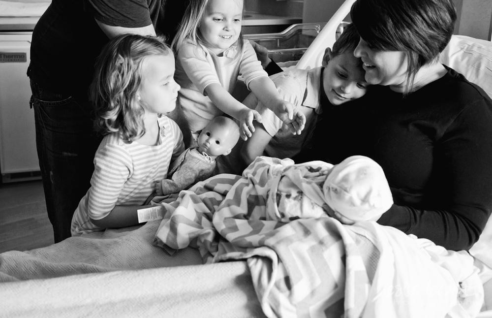Omaha Newborn Photography_03.jpg