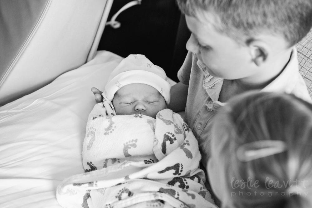 Omaha Newborn Photography_06.jpg