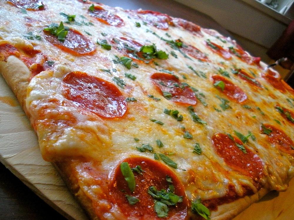 BasicPizza.JPG