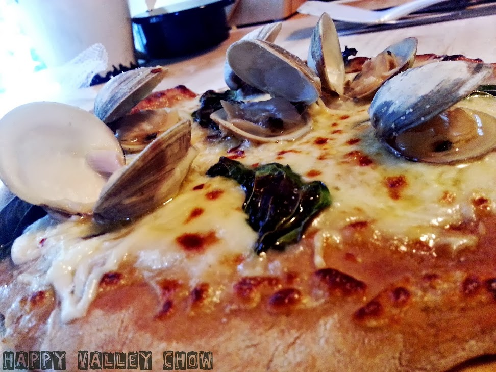 Clam Pizza.jpg