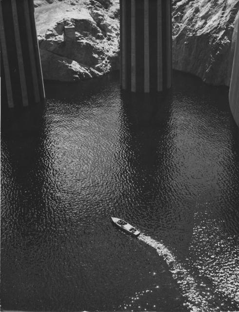 Boulder Dam- Julius Shulman, 1936.