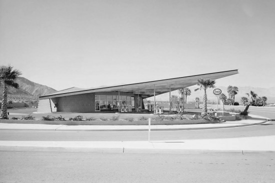 enco-gas-station-palm-springs-california-by-albert-frey-1965-550x366.jpg