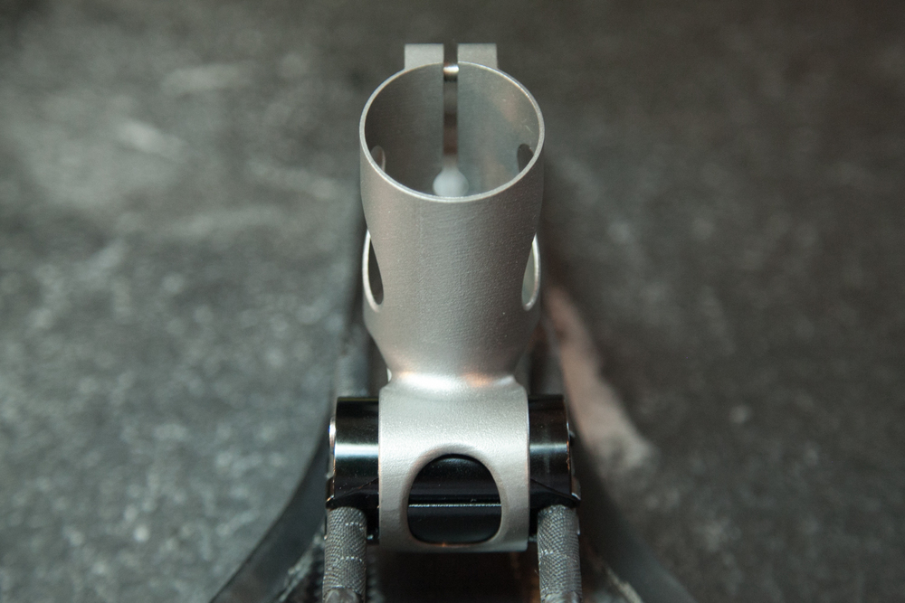 spencer wright 3D printed titanium seatmast topper-6.jpg