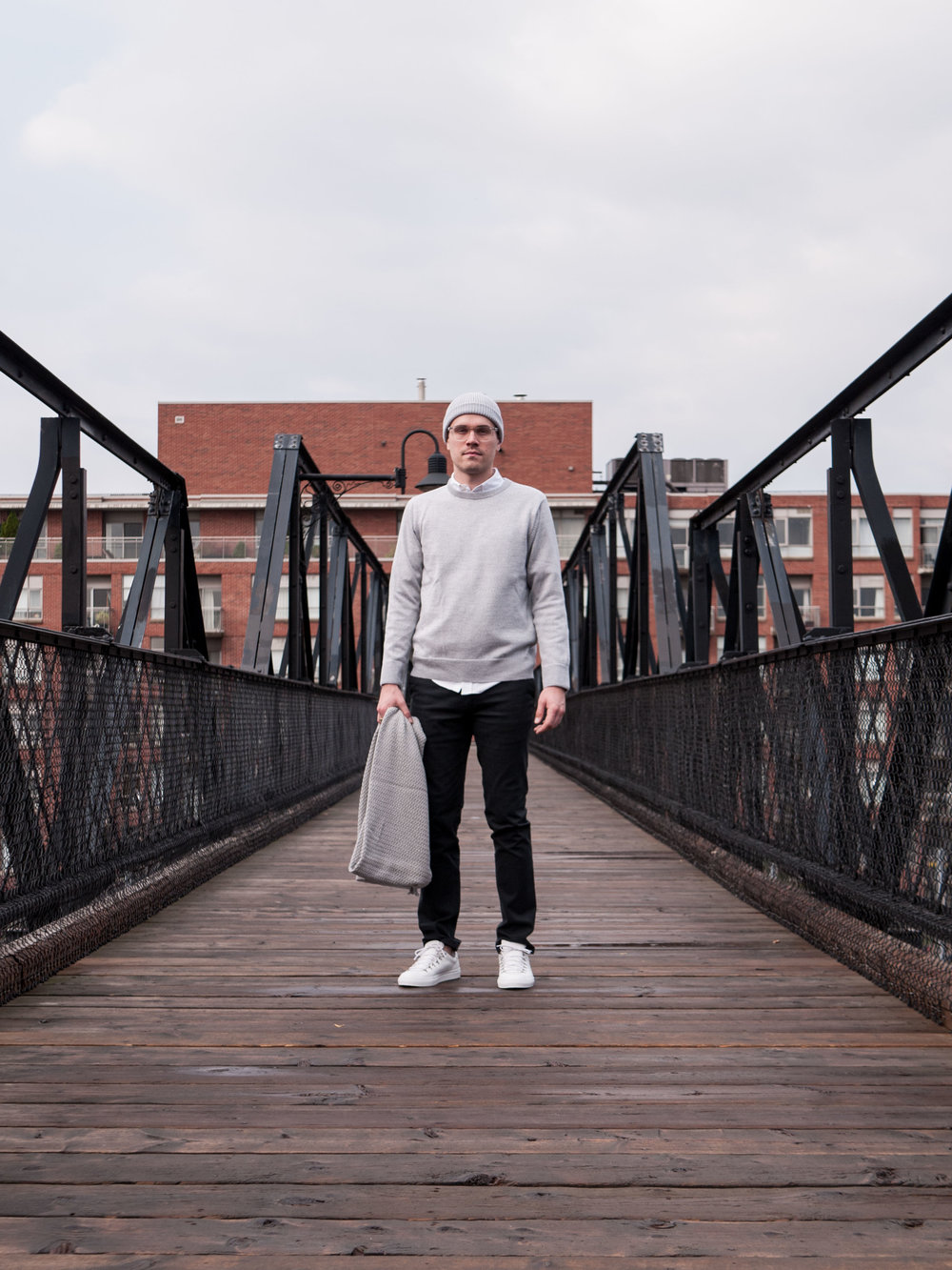 001    IN SITU  Crewneck  &  Toque     Outclass  Oxford  &  Chinos     Diemme  Sneakers     String Theory  Shawl