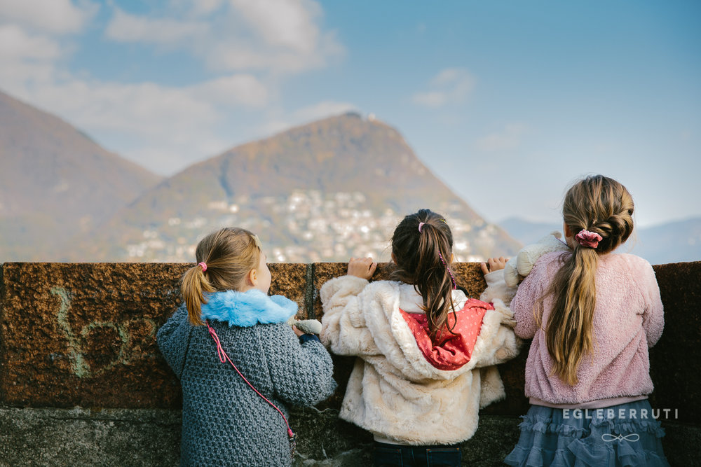 Lugano-holiday-photographer-children-and-the-view-1.jpg