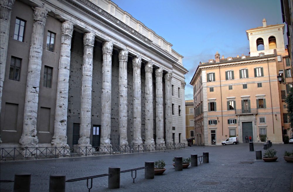 Walk Through The Streets Of Rome At Dawn With Roma Experience!