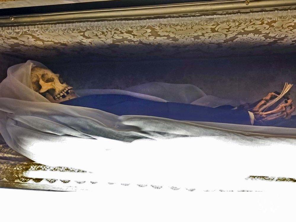 francesca-romana-body-skeleton-rome