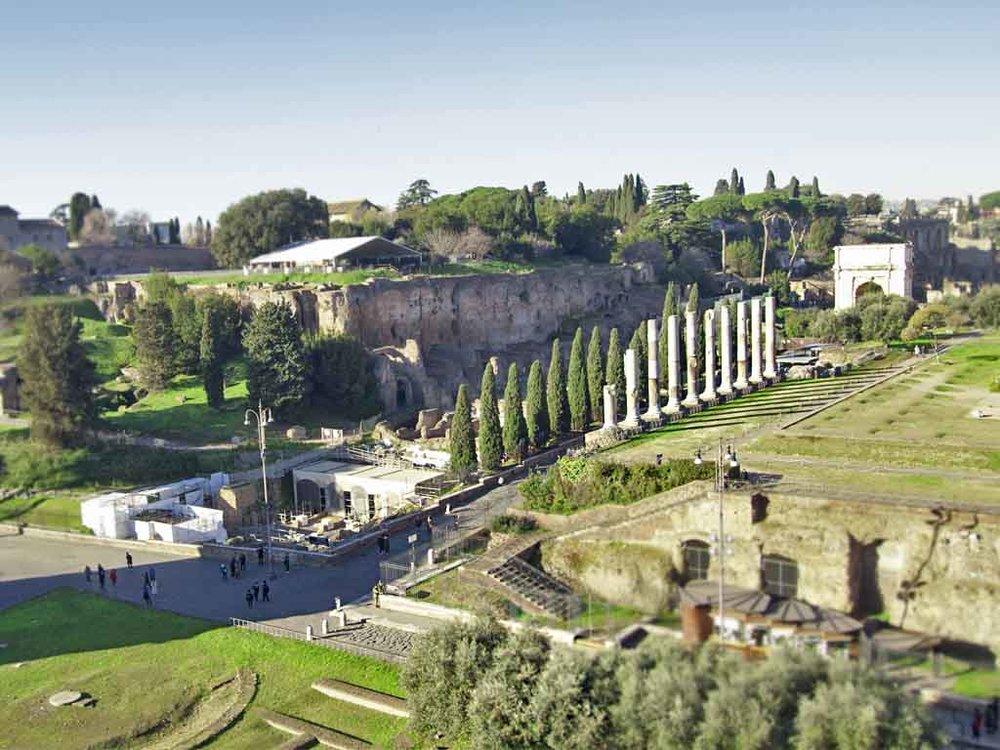 Via Sacra between the Roman forum and Palatine Hill
