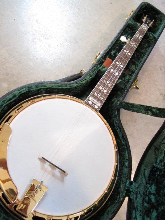 neat banjos 032.jpg