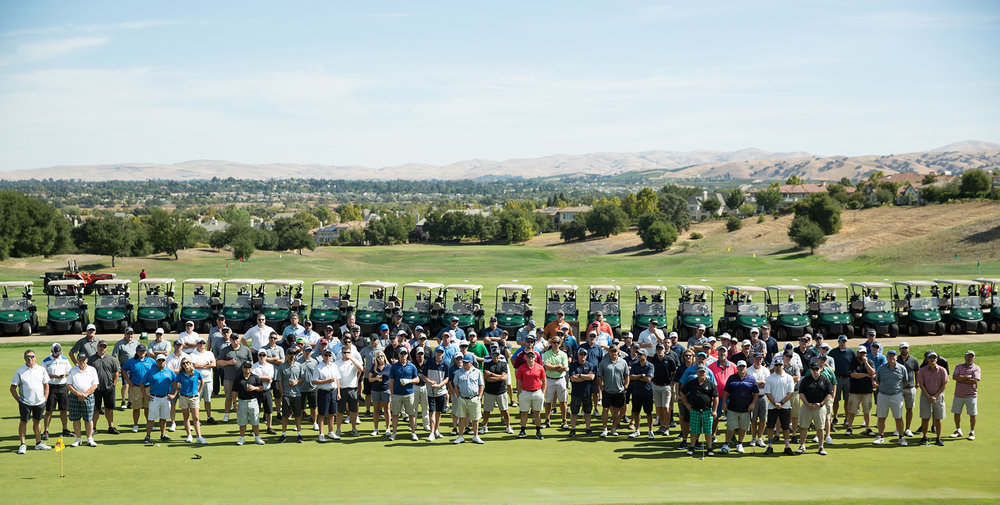 Little_Heroes_Golf_Tournament-Big_Group-2.jpg
