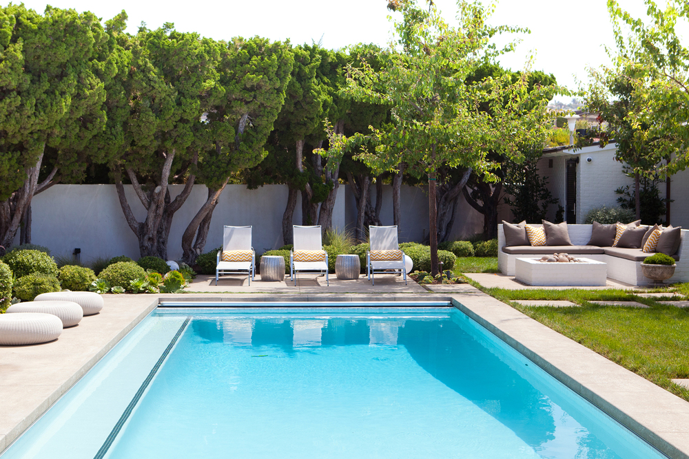 Landscape design corona del mar molly wood garden design for Family garden pool