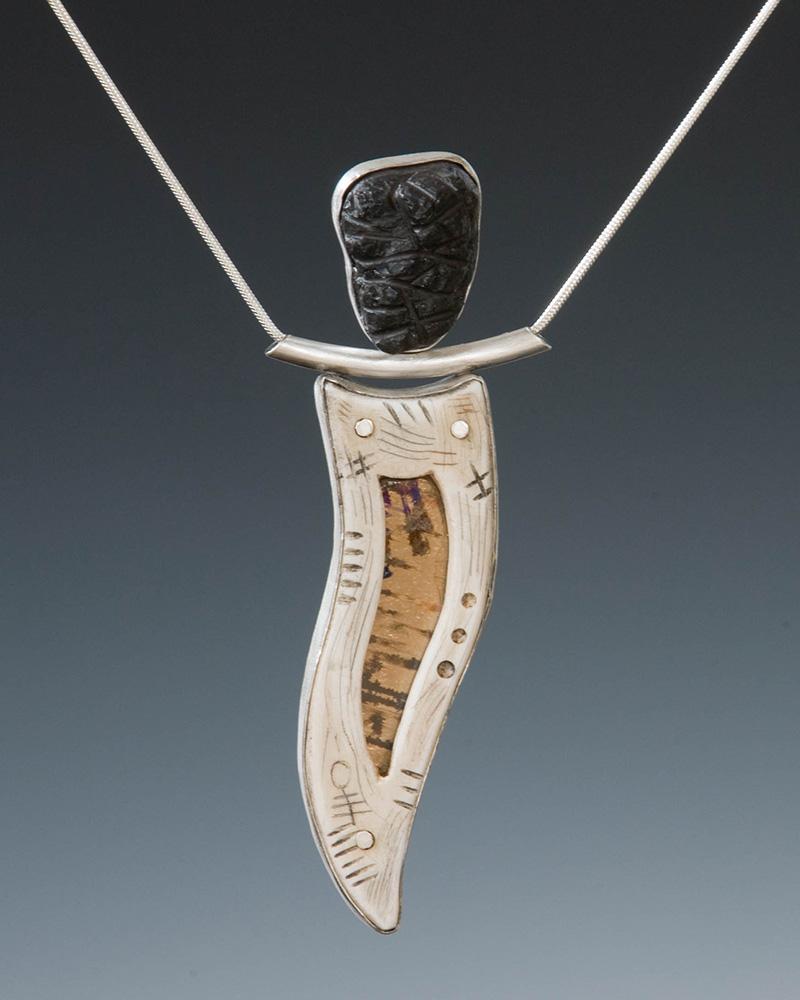 African-figure-pendant-004.jpg