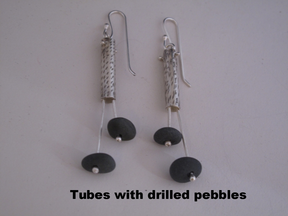 earrings tube with pebbles.JPG