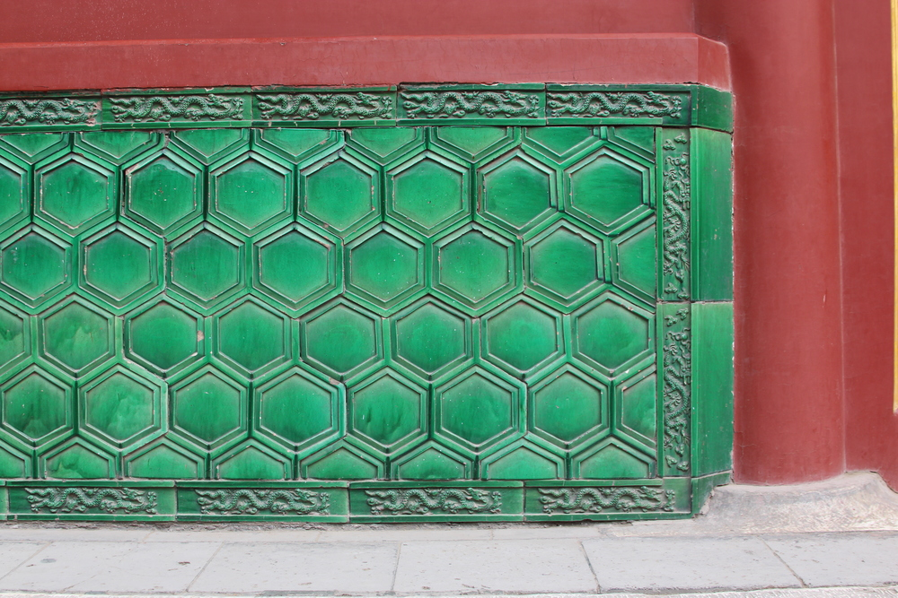 can't get enough of these green tiles!