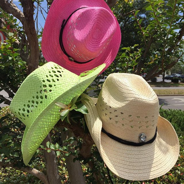 Island Cowgirl style, get 'em while they last! #rococo #rococoresale #cowgirlhat #cowgirlstyle #islandcowgirls