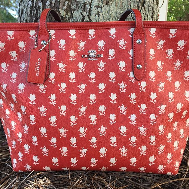 Take time to stop & smell the roses...sweet COACH tote just in at Rococo! #coach #shopsmart #designerbags