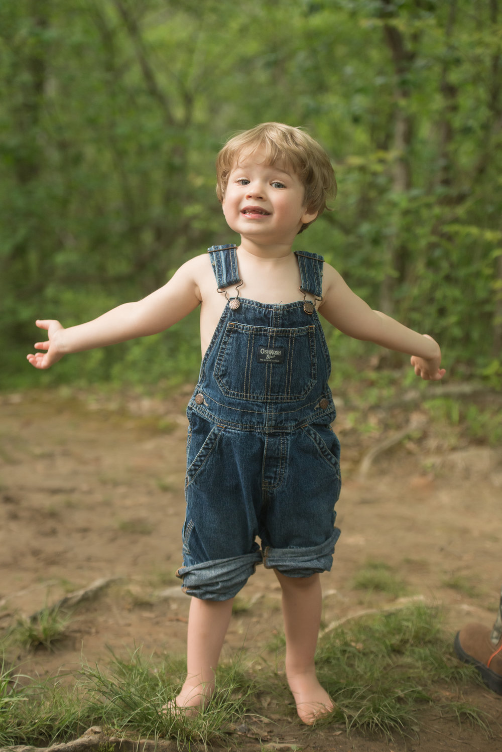barefoot boy and overalls