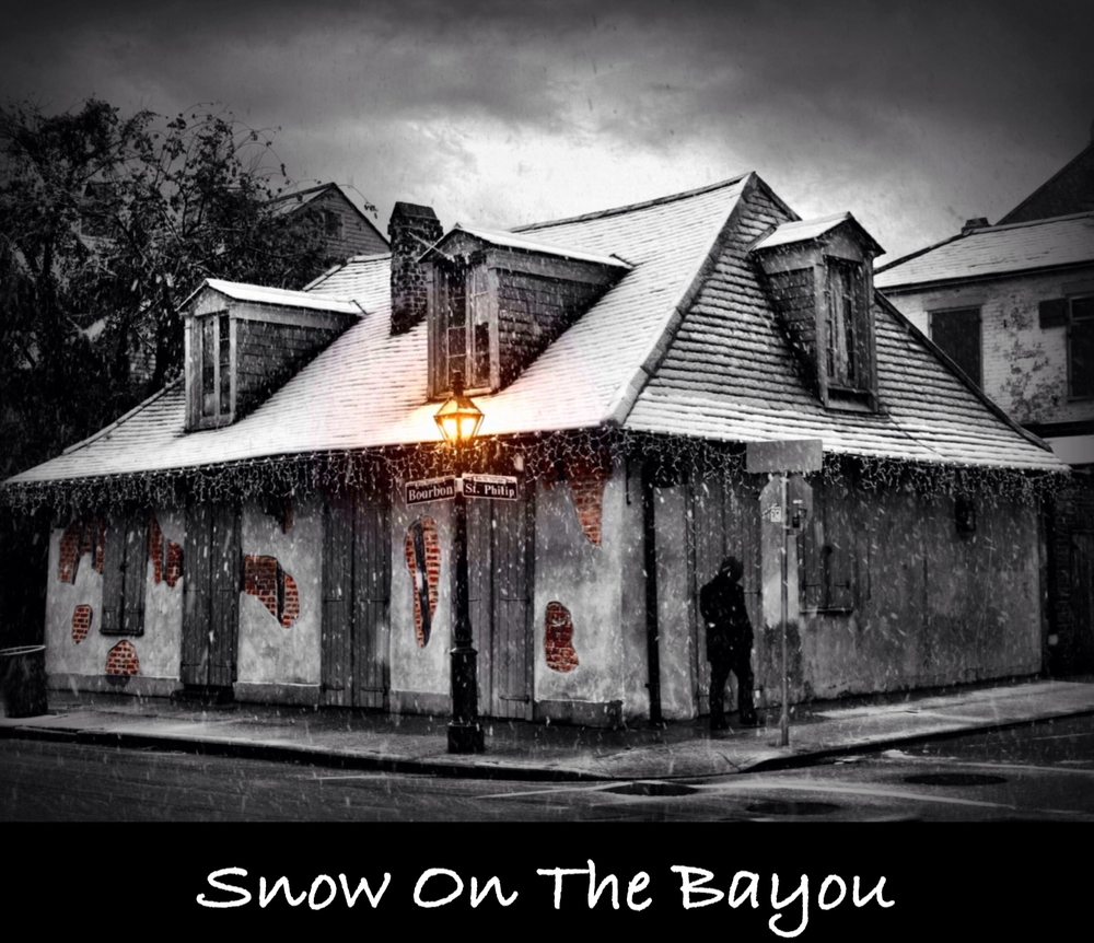 Back in December of 2008 it snowed in the city of New Orleans for a few hours, something that very rarely happens. See more rare photos of the historic city covered in snow that I took that day, and read about my short but awesome experience.