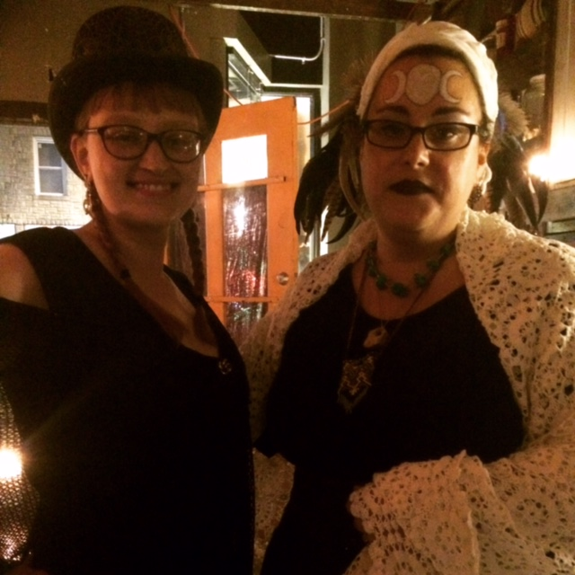 Ellen and Sarah Kate - two of the best tarot readers and all around people in St. Louis. (and they're my friends! I know!)