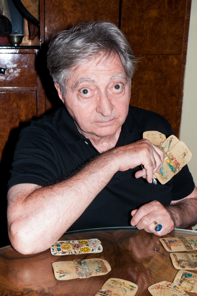 Frank and those CARDS. Wow. (Image from http://www.interviewmagazine.com/culture/frank-andrews/
