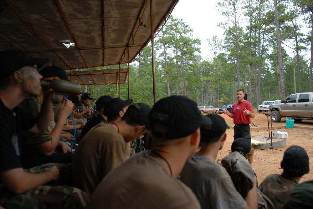 Capt. Jeff Struecker speaking at Challenge Basic