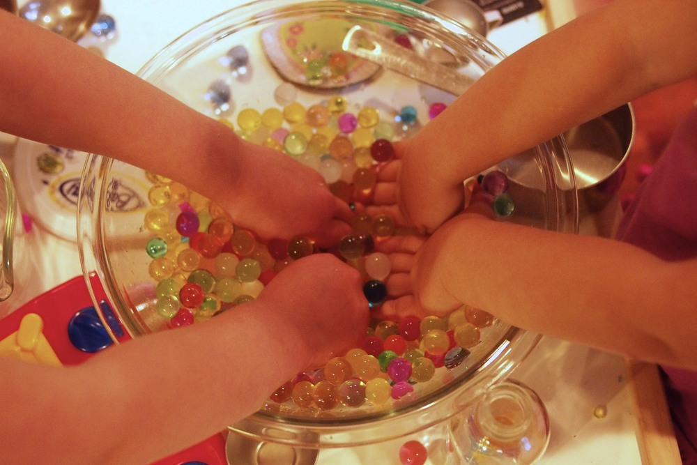Play With Water Beads This Fine Day