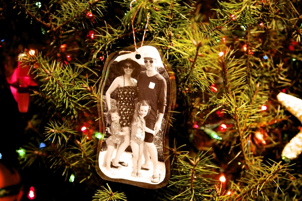 Make fun and easy tree ornaments or gift tags.