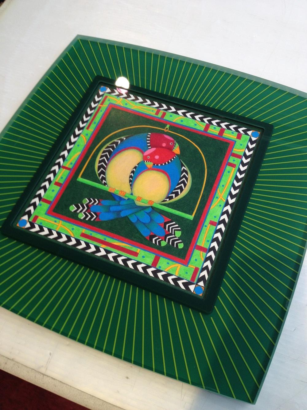 Prisma Frame, green frame, acrylic frame, stripes