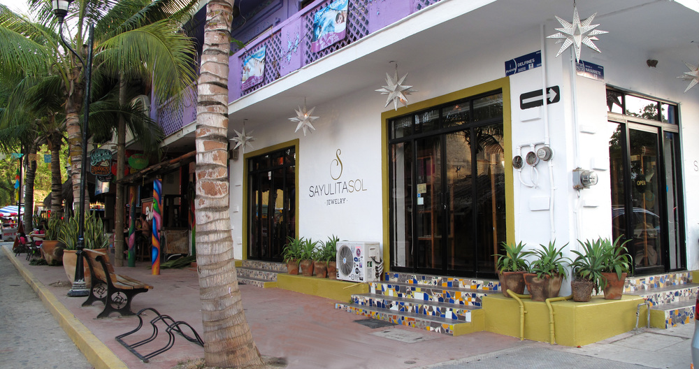 Sayulita Sol Jewelry store located in the heart of Sayulita