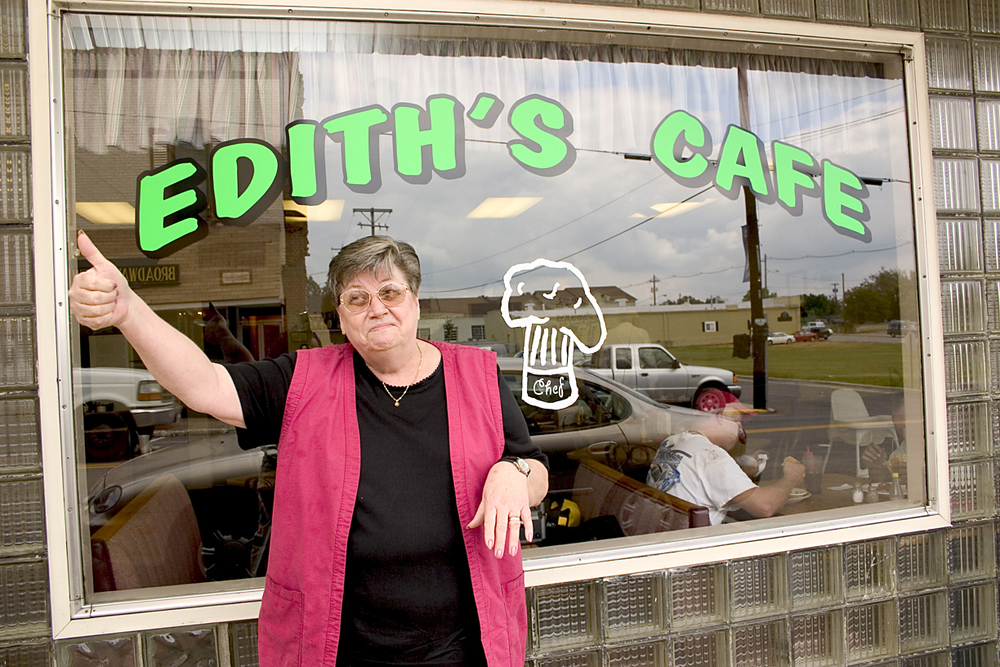 Mae. Edith's Cafe. Central City, KY