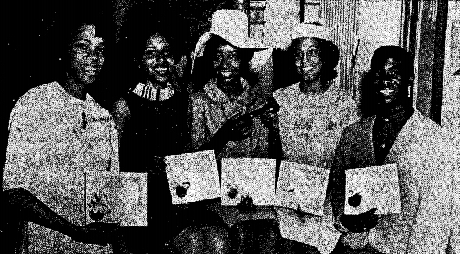 From left to right: Tessa Hallion, sports editor; Sharon Fain, news editor; Carolyn Ross, managing editor; Cheryl Dotson, editor-in-chief; and Earnest Meadows, exchange editor.