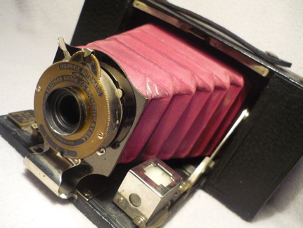 "The Kodak ""Brownie Automatic"" folding pocket camera from 1907."
