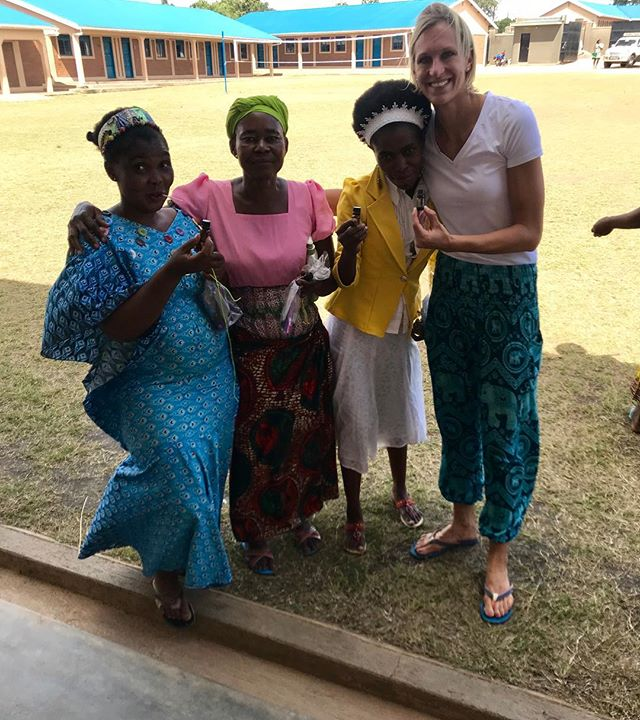 Thank you @doterra #doterra #performanceadvocate for blessing the beautiful women of Northern Uganda by donating 800 essential oils. Wow- not only does #doTERRA have high quality PTG essential oils, but my favorite part of being a small part of their team is how @doterra gives back! #sponsored