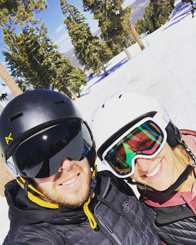 Goggle tans and so much fun! ❤️ 🎿 🏂 🕶