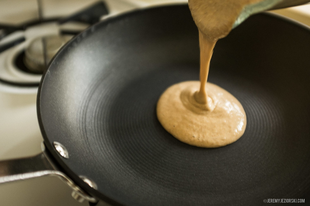 Healthy-Banana-Pancakes-Recipe-Emily-Jeremy-Jeziorski-06.jpg